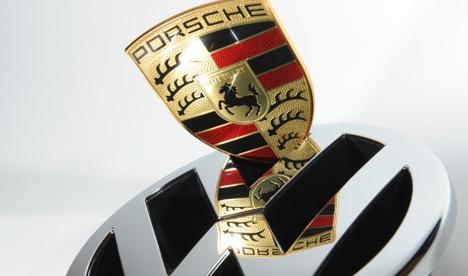 Investors sue Porsche over failed VW merger