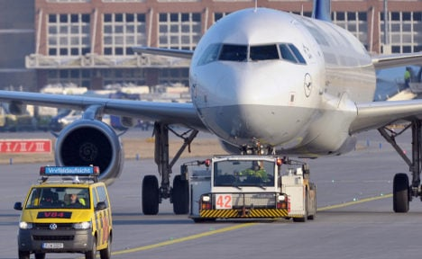 Frankfurt airport strike extended to Friday