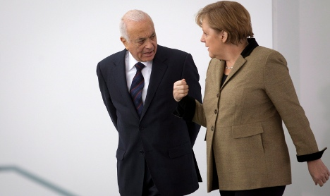 Merkel pledges more EU sanctions against Syria