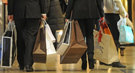 Consumer confidence hits year high