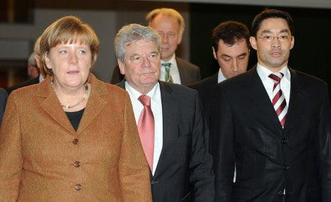 Gauck candidacy splits Merkel's coalition