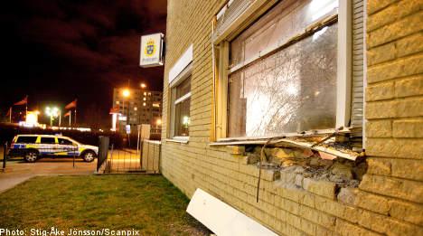 Bomb attack rocks Malmö police station