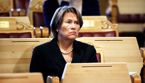 Norway wants migrants to carry fingerprint ID