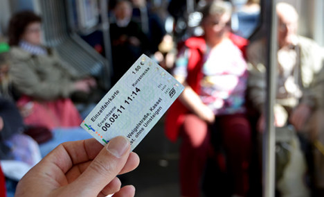 Public transport fare dodging an 'epidemic'