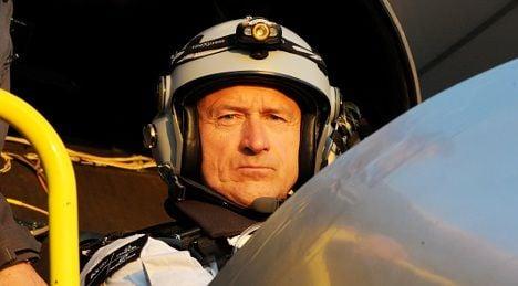 Swiss pilot in 3-day solar flight simulation