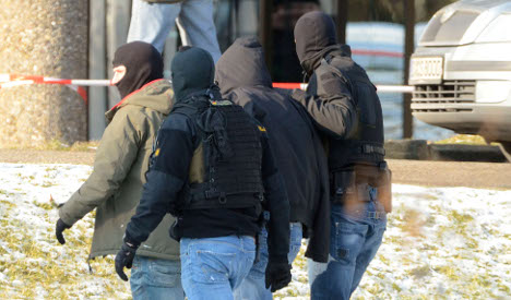 Commandos arrest neo-Nazi terror suspect