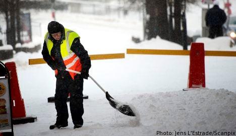 Snow and cold wreak havoc over Sweden