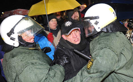 Police clear Stuttgart 21 protest camp