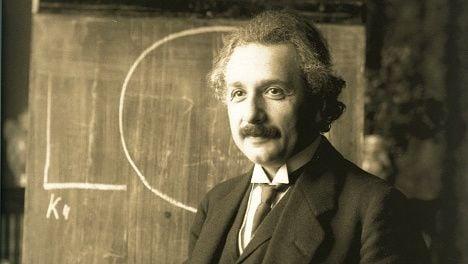 Einstein's Swiss-friendly letter for sale