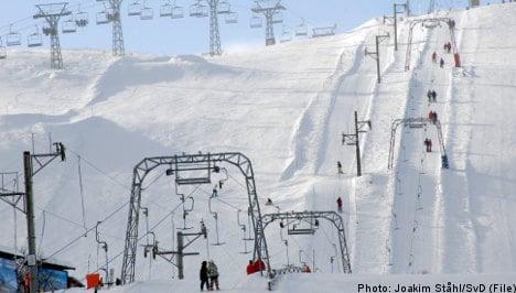 Avalanche kills man at Swedish ski resort