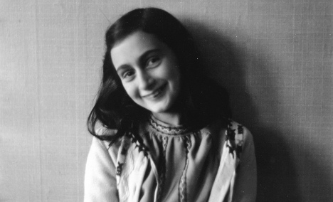 Anne Frank possessions head 'home' to Frankfurt