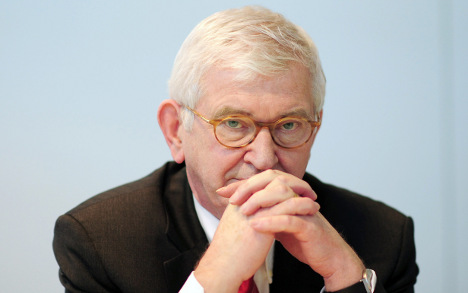 Former spy boss moves to Deutsche Bank