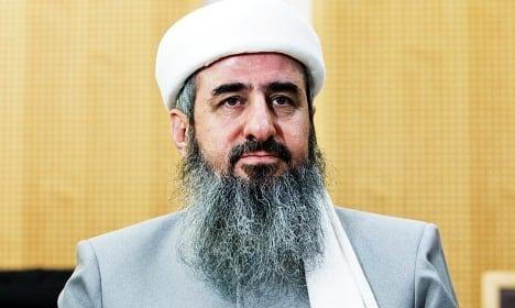 Mullah Krekar on trial over death threats