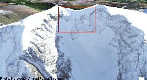 Plane 'smashed' into Sweden's tallest peak