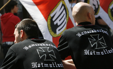 Minister: we need some neo-Nazi informants