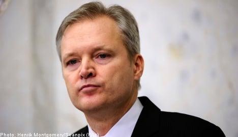 Swedish defence minister Tolgfors resigns