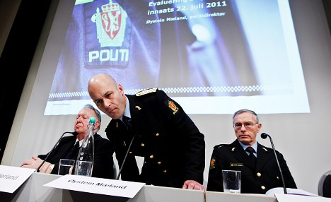 Norway police sorry for massacre delay