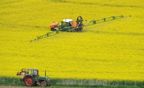 Most fertilizers 'contain too much uranium'