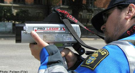 Man tweets cops to nab speeders – gets caught
