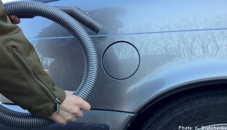 Petrol-sucking Swede sparks vacuum blast