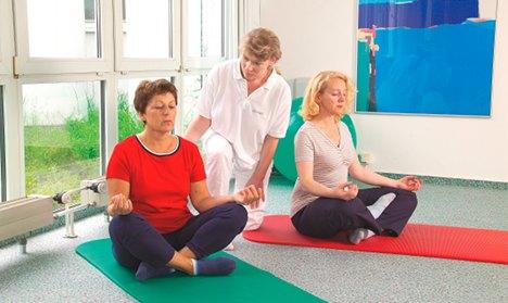 Doctor 'yoga-bonus' leaves coalition tense