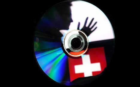 Swiss hunt German tax men for 'spying'