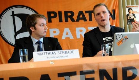 Pirates set sail for national election treasure