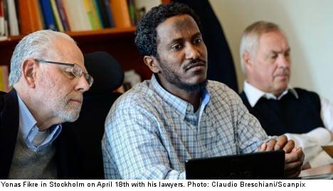 Warrant issued for 'tortured' US Muslim seeking asylum in Sweden