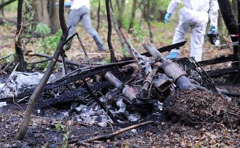 Wooden plane crashes, burns, kills four