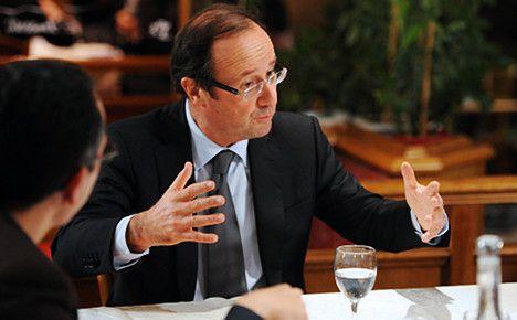 Hollande criticises IMF chief's attacks on Greece