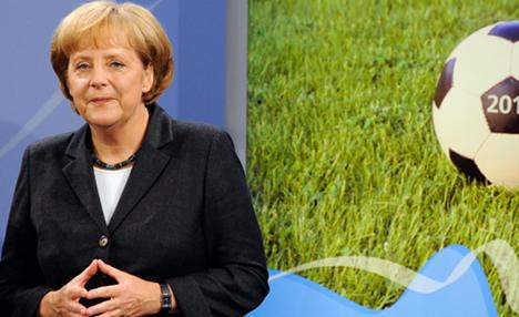 Merkel: Last-minute decision on Euro 2012