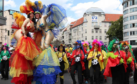 Berlin carnival parade draws 700,000