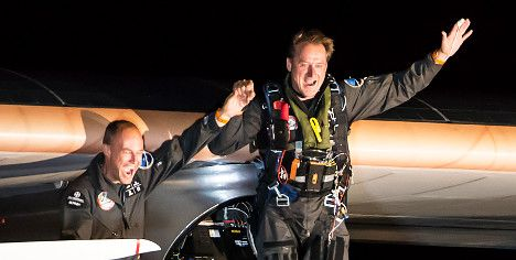 Swiss solar plane pilot in successful desert flight