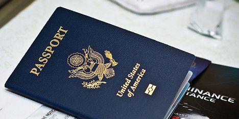Swiss-Americans ditch US passports