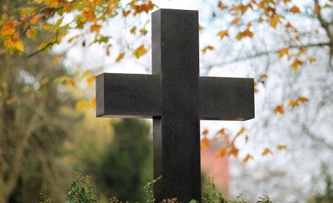 No widow's pension for suicide pact survivor