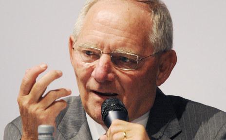 Finance minister: more political powers for EU
