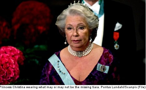 Swedish royal jewels missing after daring theft