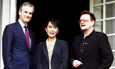 Gratitude and laughs as Suu Kyi meets Bono