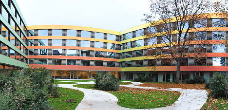 Swiss hospitals shun Zurich circumcision ban