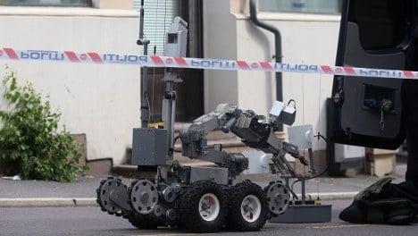US embassy 'bomb' was a training dummy