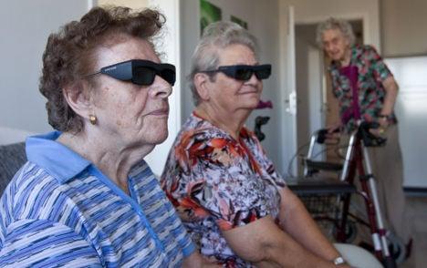 Retailer calls on 'grey strike-force' of retirees