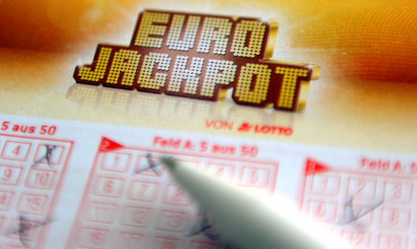 Mystery winner bags record lotto loot