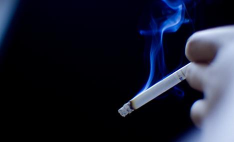 Swiss set to vote on proposed smoking ban