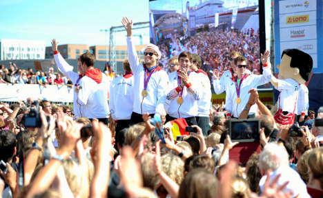 Hamburg welcomes Olympians as heroes