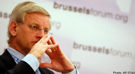 Bildt accused of aiding Russia in legal dispute