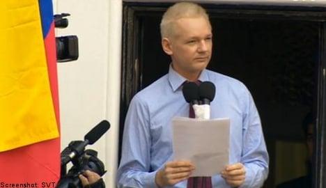 Assange thanks Ecuador, condemns the US