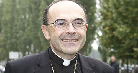 Bishop backtracks over gay incest jibe