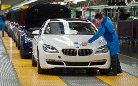 BMW to create 3,000 jobs in return for flexibility