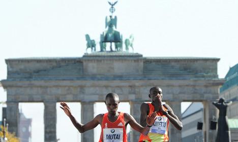 Kenyan Mutai wins Berlin Marathon