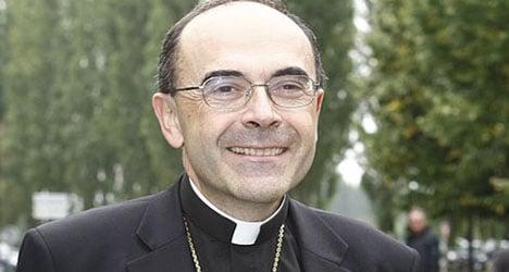 Paris mayor slams bishop for gay incest jibe